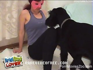 Masked zoophile babe wants to fuck a twisted beast